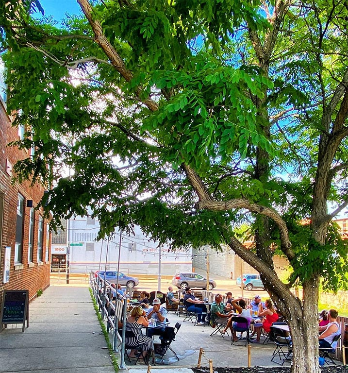Empirical Brewery's outdoor patio on quiet Ravenswood Ave