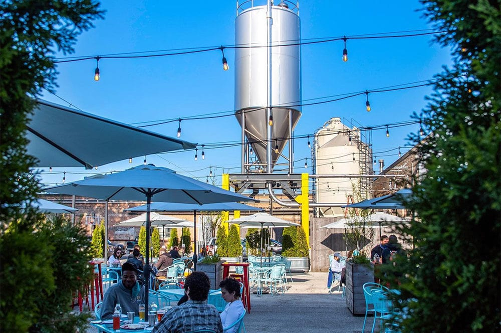 Half Acre Beer Co.'s gorgeous outdoor beer garden and dog friendly patio in Ravenswood